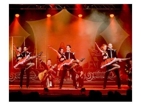 Cornamusa: World Of Pipe Rock And Irish Dance